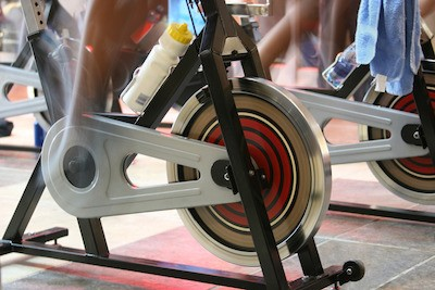 difference between spin bikes and exercise bikes
