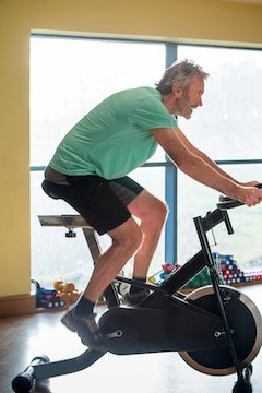 spin bike or exercise bike for weight loss